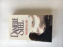 Danielle Steel - Szárnyak / ECS1